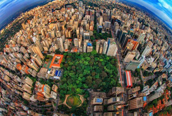 Avenida Paulista e ruas do bairro dos Jardins em SP