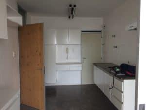 Cozinha de apartamento no Jardins antes da reforma realizada pela Casa Unique