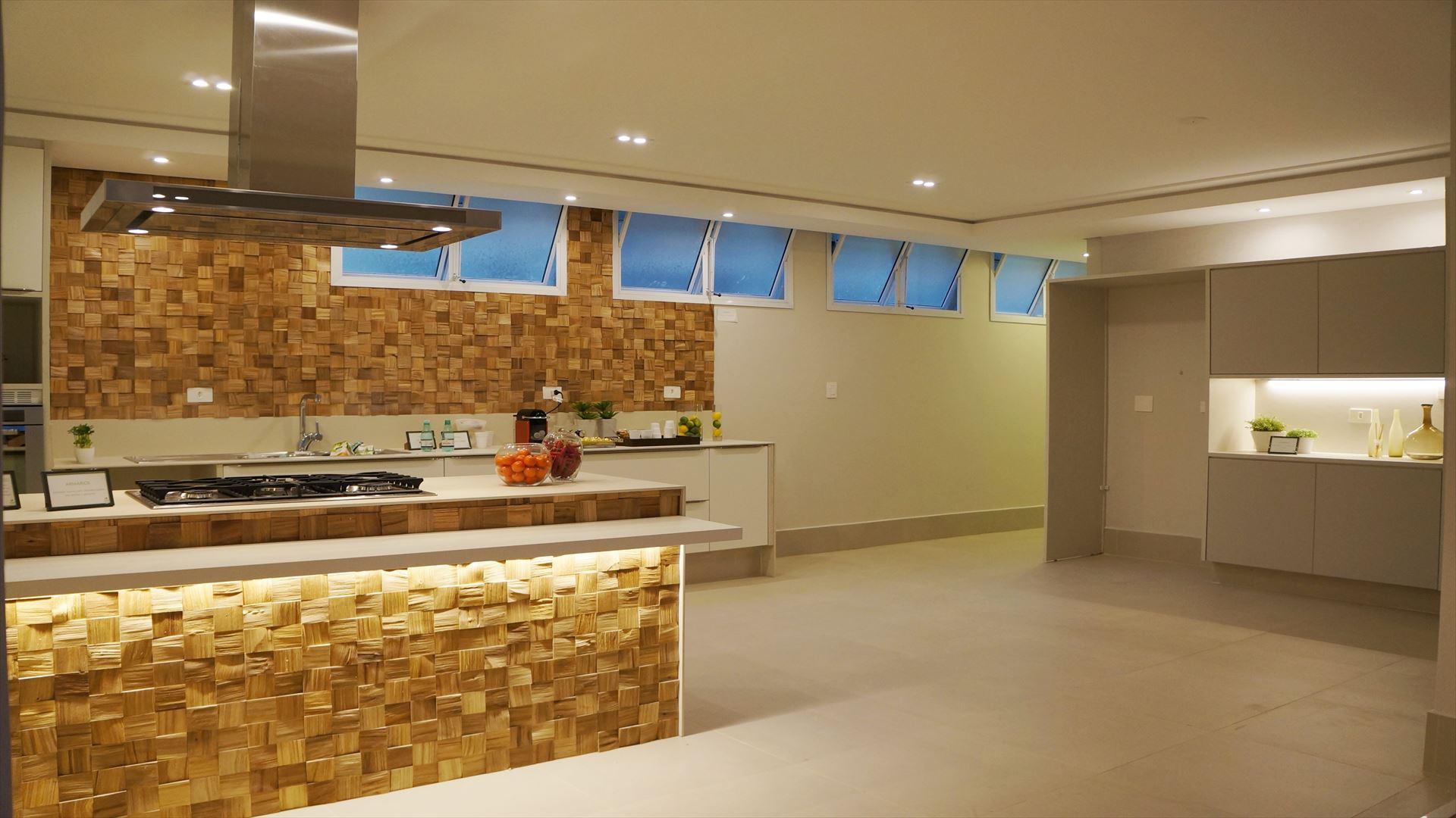 Ilha dá mais charme e praticidade à cozinha gourmet