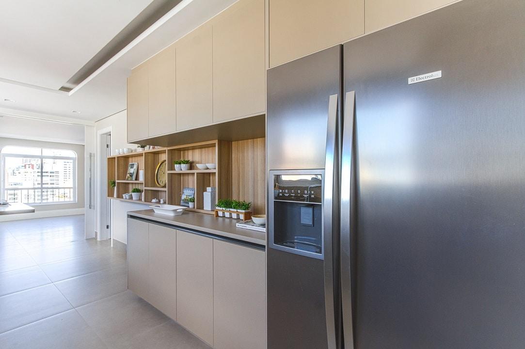 Antes & depois: veja a transformação desta cozinha em apartamento reformado nos Jardins
