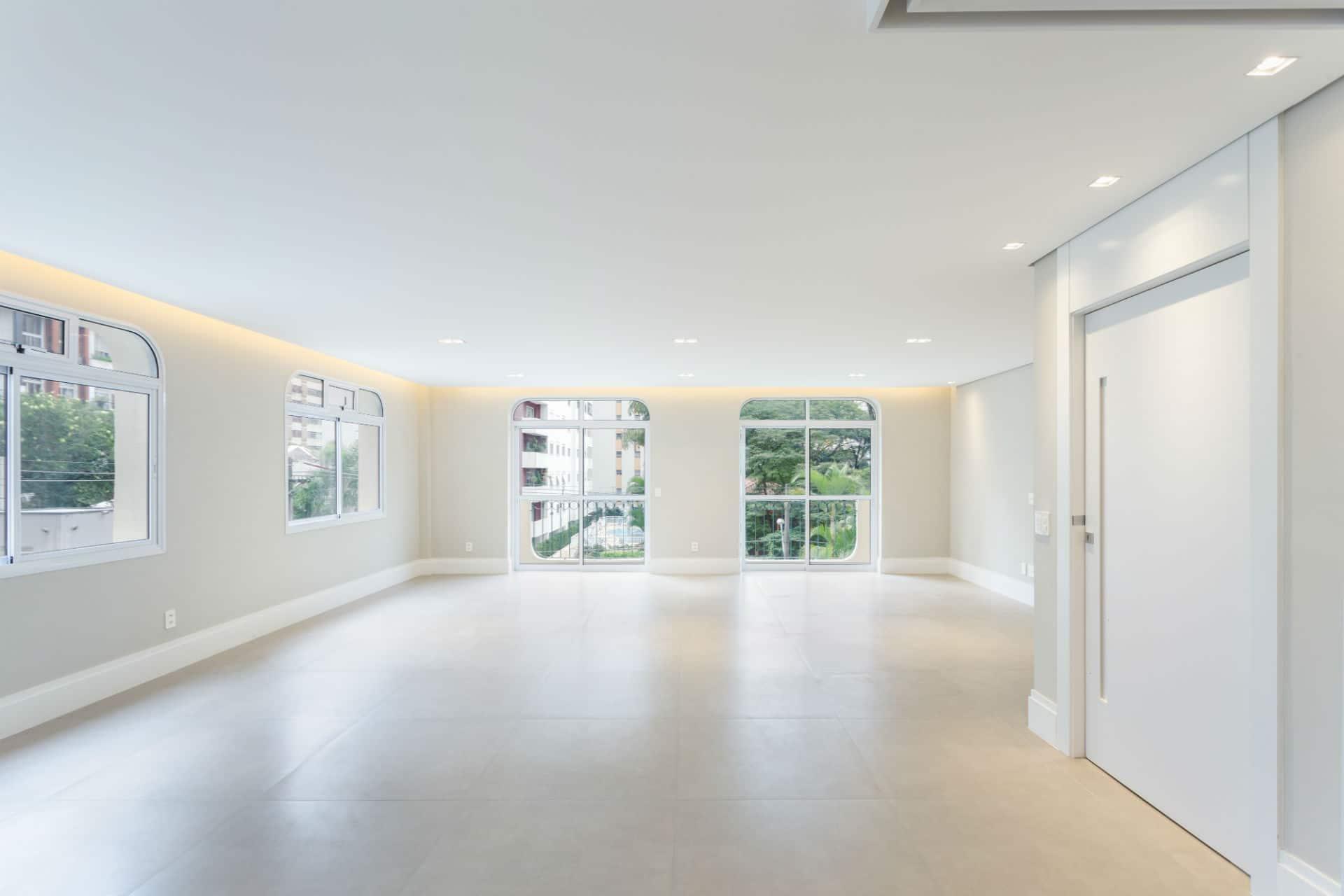 Antes&Depois: como era a sala deste apartamento no Itaim antes da reforma?