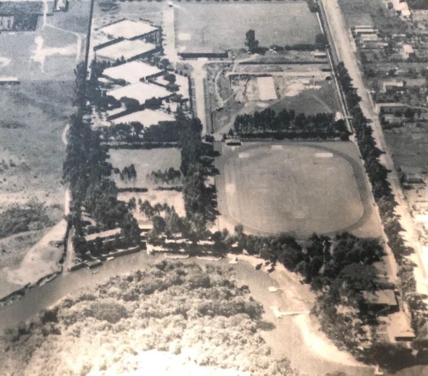 Você consegue adivinhar qual é o tradicional clube de São Paulo mostrado nesta foto de 1933?