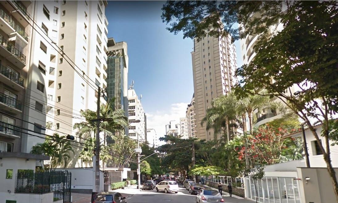 Rua Jesuíno Arruda: história, prédios, escolas, cafés e outros serviços desta charmosa via no Itaim Bibi