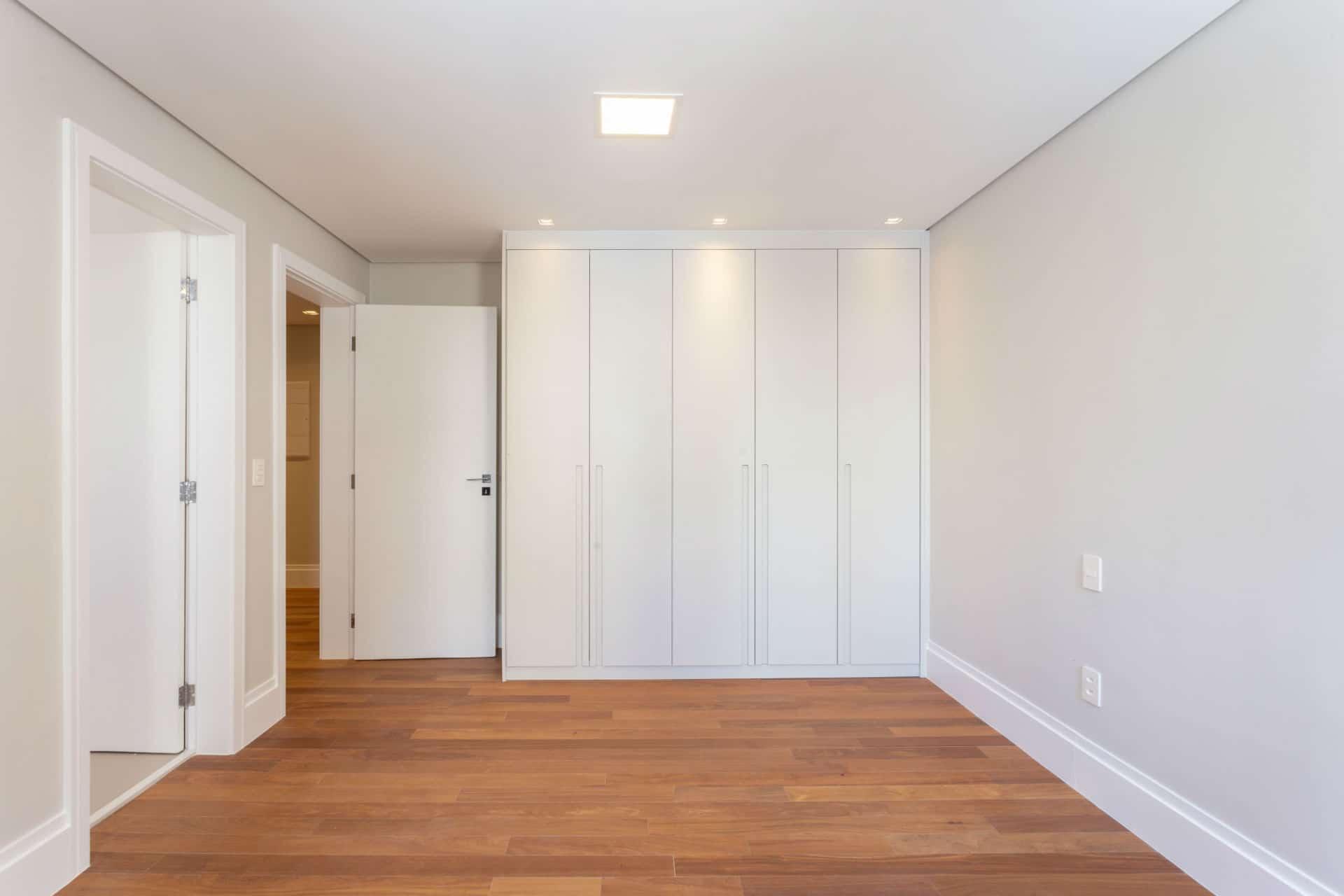Antes & Depois: veja reforma desta suíte em apartamento nos Jardins em SP