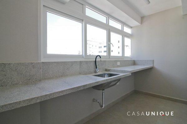 CASA-UNIQUE-APARTAMENTO-REFORMADO-SP-JARDIM-AMERICA-RUA-CACAPAVA-TJD95-AREA-DE-SERVICO-1